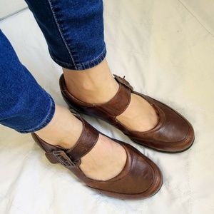 b04c14e72 Women s Taos Shoes on Poshmark